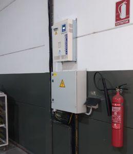 Instalación de un equipo de batería de condensadores